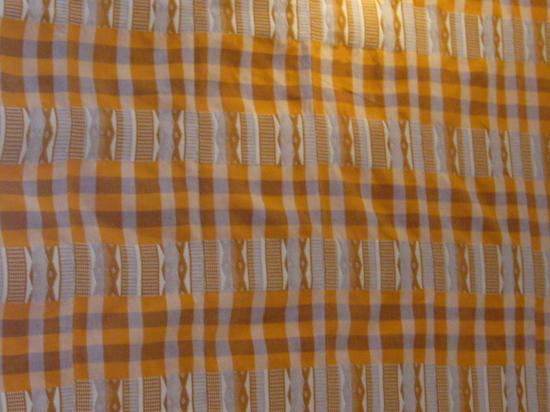 Obra Mandinga 2 version jaune sur chaîne rayée